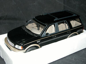 Ut-Models-22710-ford-expedition-Eddie-Bauer-version-negro-1-18-embalaje-original