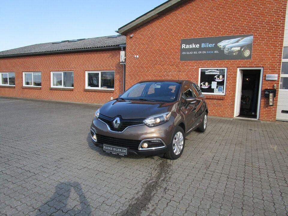 Renault Captur 0,9 TCe 90 Expression Benzin modelår 2014 km