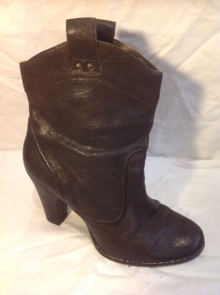 Born Brown Ankle Leather Boots Size 41
