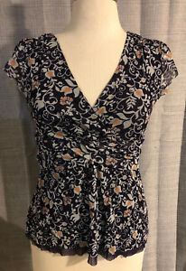 Womens-Anthropologie-CLOVER-Navy-Blue-amp-Gold-Floral-Nylon-Mesh-Top-Medium-F6