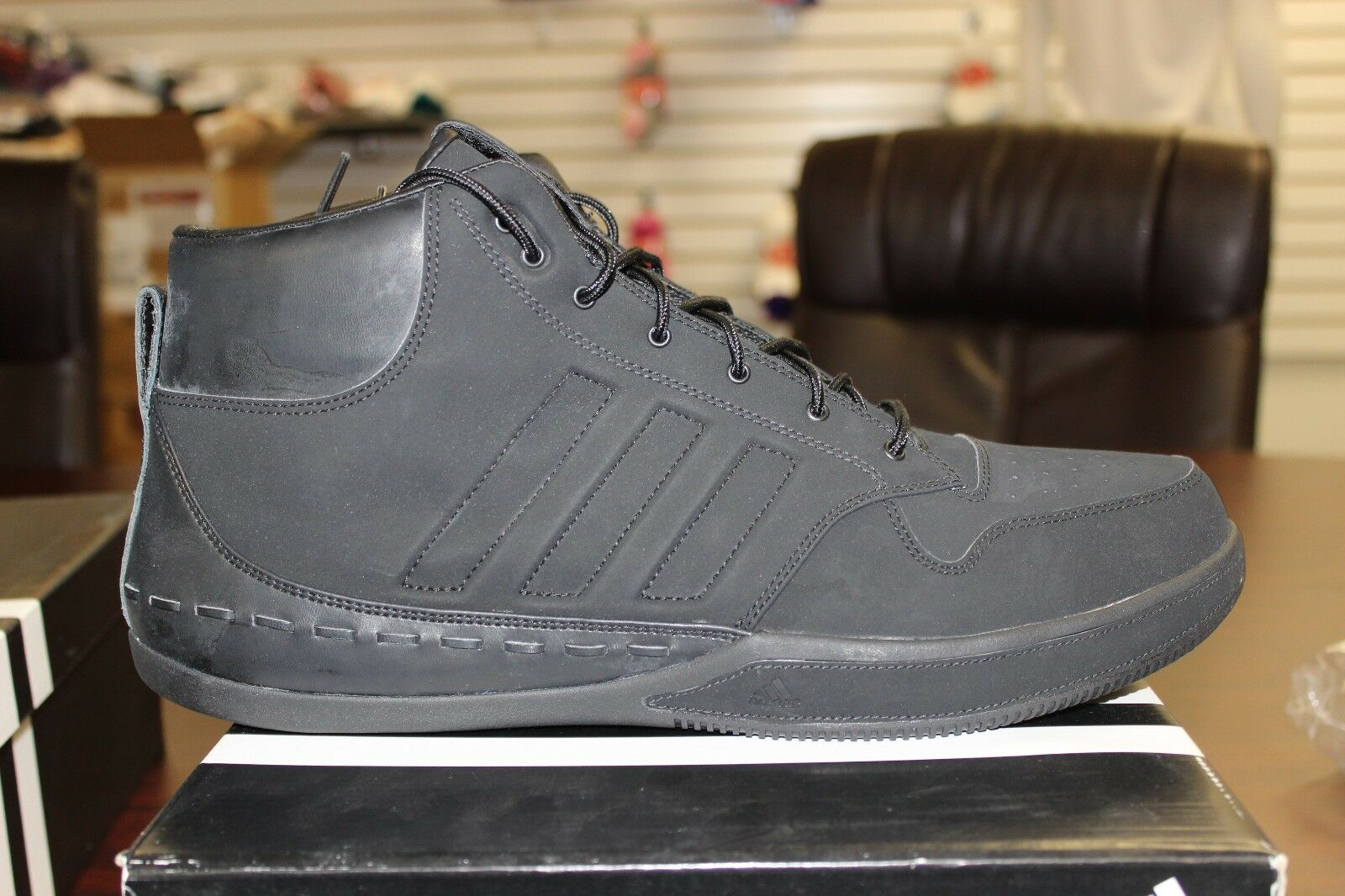 Adidas Lusso Mid Nere G09726 Nuovo