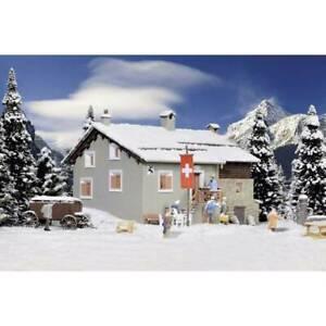 Montagna-casa-ospite-cavalletto-in-pietra-grevasalvas-kibri-38811-h0
