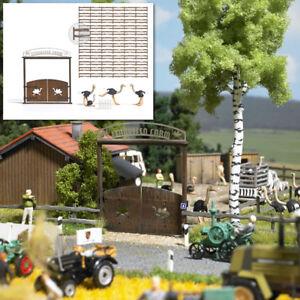 Busch-1038-Ostrich-Farm-Kit-H0