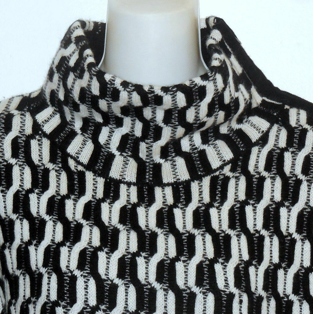 100% Cashmere NORDSTROM COLLECTION Black White Do… - image 5