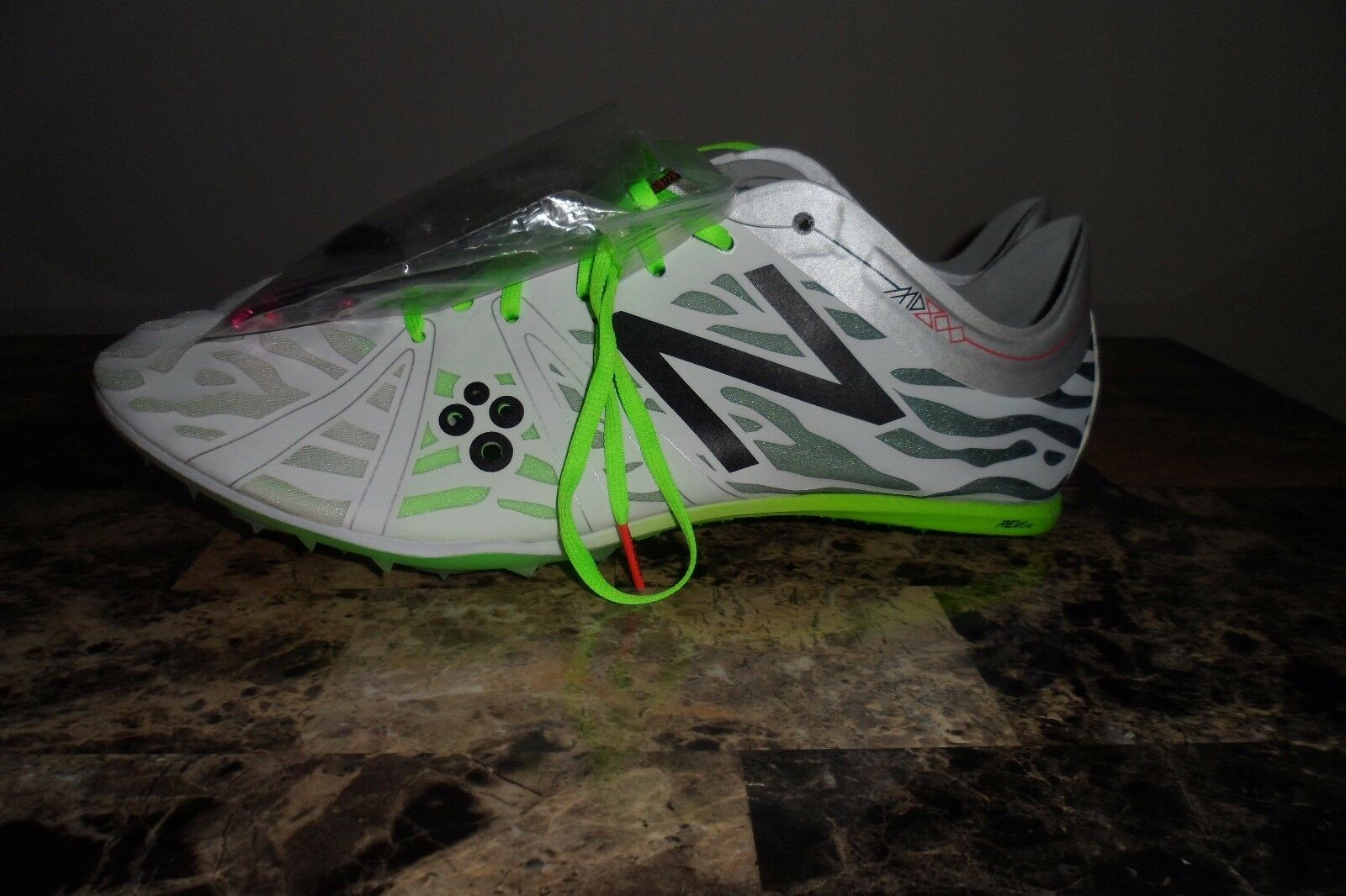 MUST SEE NWOT FABULOUS MENS NEW BALANCE MMD800W3 12.5 D SPIKES