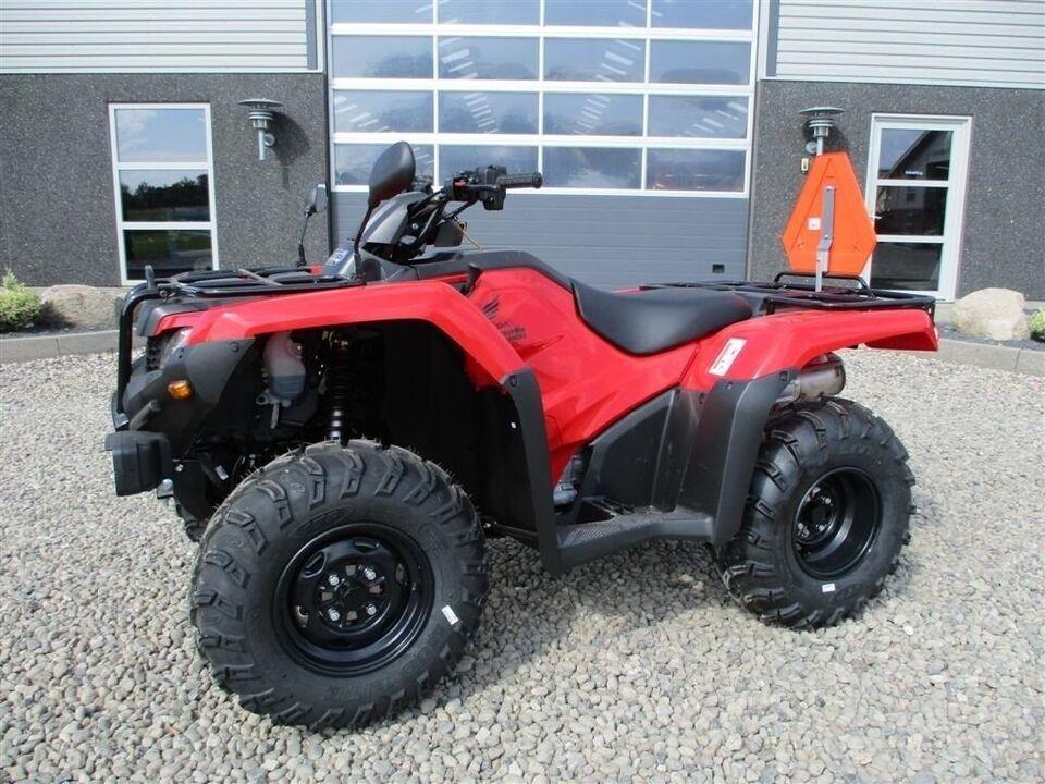 Honda, TRX 420 FE traktor med nrplader på