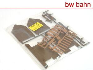 Kibri-H0-4100-23-Bausatz-Blockhaus-Tische-Baenke-Neu