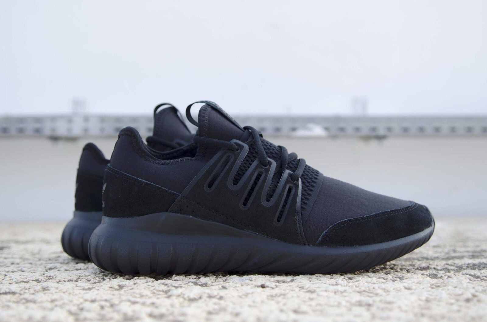 FW16 ADIDAS TUBULAR RADIAL CHAUSSURES DE SPORT Homme Homme GYM CHAUSSURES S80115