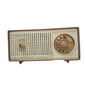 Fairbanks-Morse-Radio-Mod-A47-Chasis-5A5F-Dial-Tube-Radio-Lite-Brown-Mid-Century