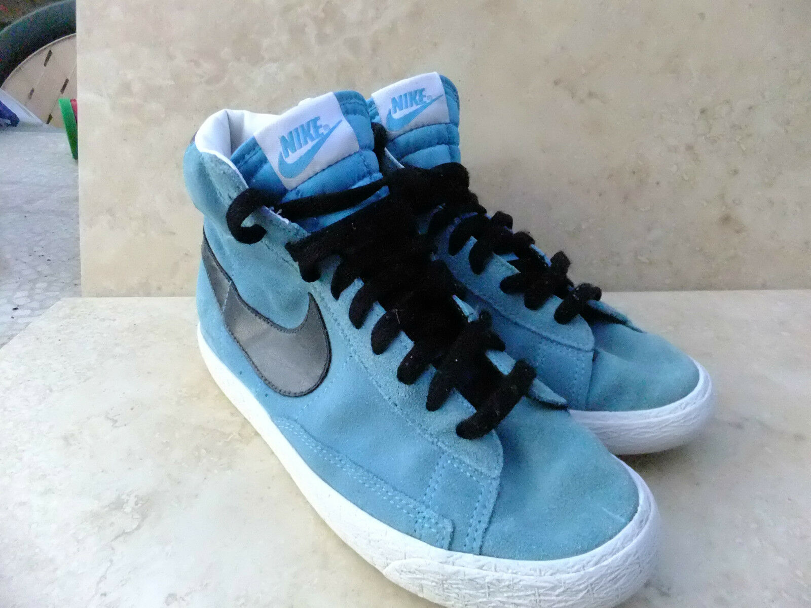 Nike Blazer Hi Top BLEU en Daim Baskets Taille UK 4 EUR 36.5