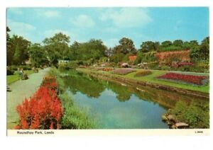 Yorkshire-Leeds-Roundhay-Park-Postcard-Franked-1975