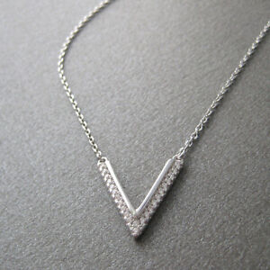 Collier-triangle-V-serti-de-zirconium-en-argent-925-1000e-CO48