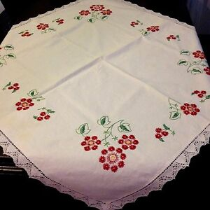 True Vintage Country Style Primitive Hand Embroidery Tablecloth Bobbin Type Lace