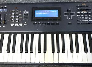 kurzweil pc3 76 key workstation keyboard w 800 sounds onboard effects sequencer ebay. Black Bedroom Furniture Sets. Home Design Ideas