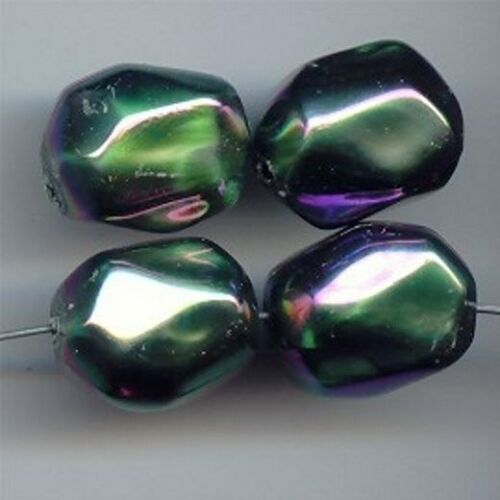 FACETED NUGGET BEADS 5081 24 VINTAGE GREEN AB ACRYLIC 20x15mm