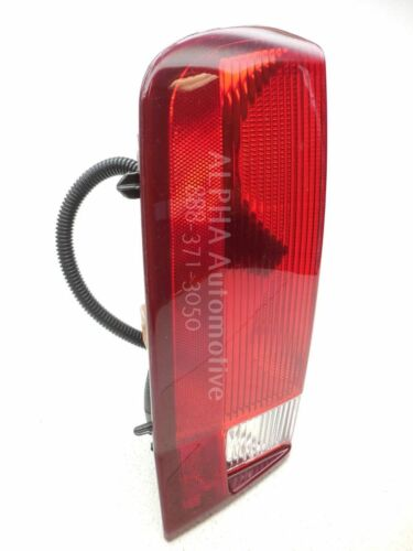 New Genuine OEM 2002-2006 Cadillac Escalade//Esv Rear Left Driver Tail Lamp Light