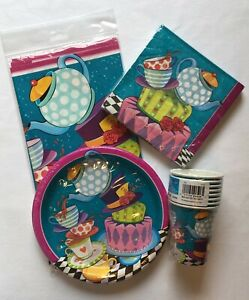 Mad-Hatter-Party-Supplies-Tableware-Bundle