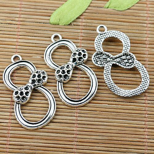 8pcs Tibetan Silver numéro 8 Noeud Charms EF2022