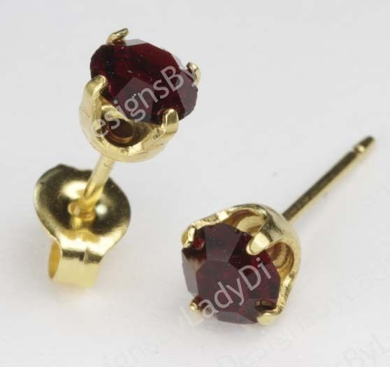 Studex Sensitive Gold 5mm January Red Simulated Garnet Stud Earrings
