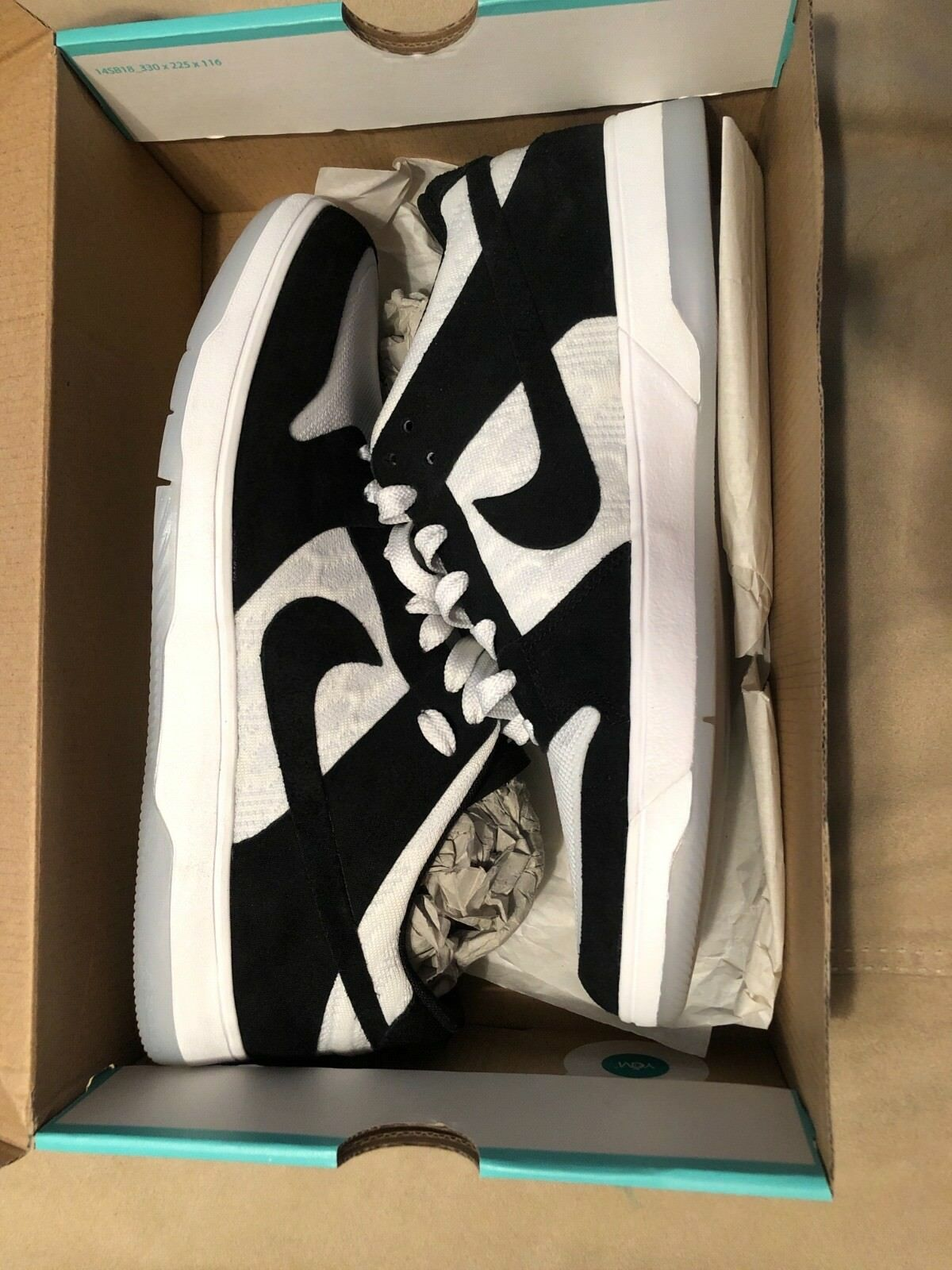 Nike SB Zoom brand new black and white miss marked size 8673670849