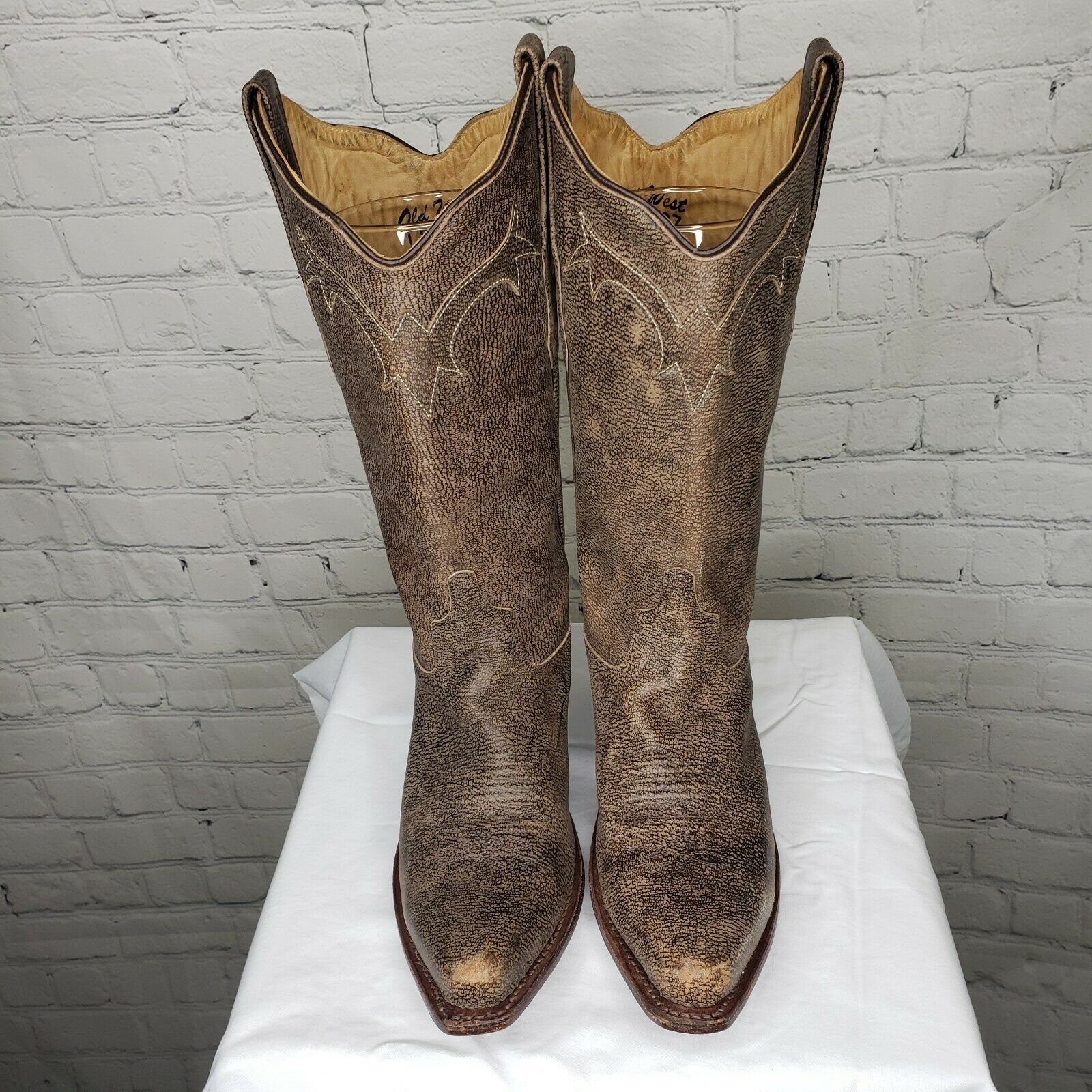 Women's 7 M Old West Tan Canyon Snip Toe Western Cowboy Boots LF1527