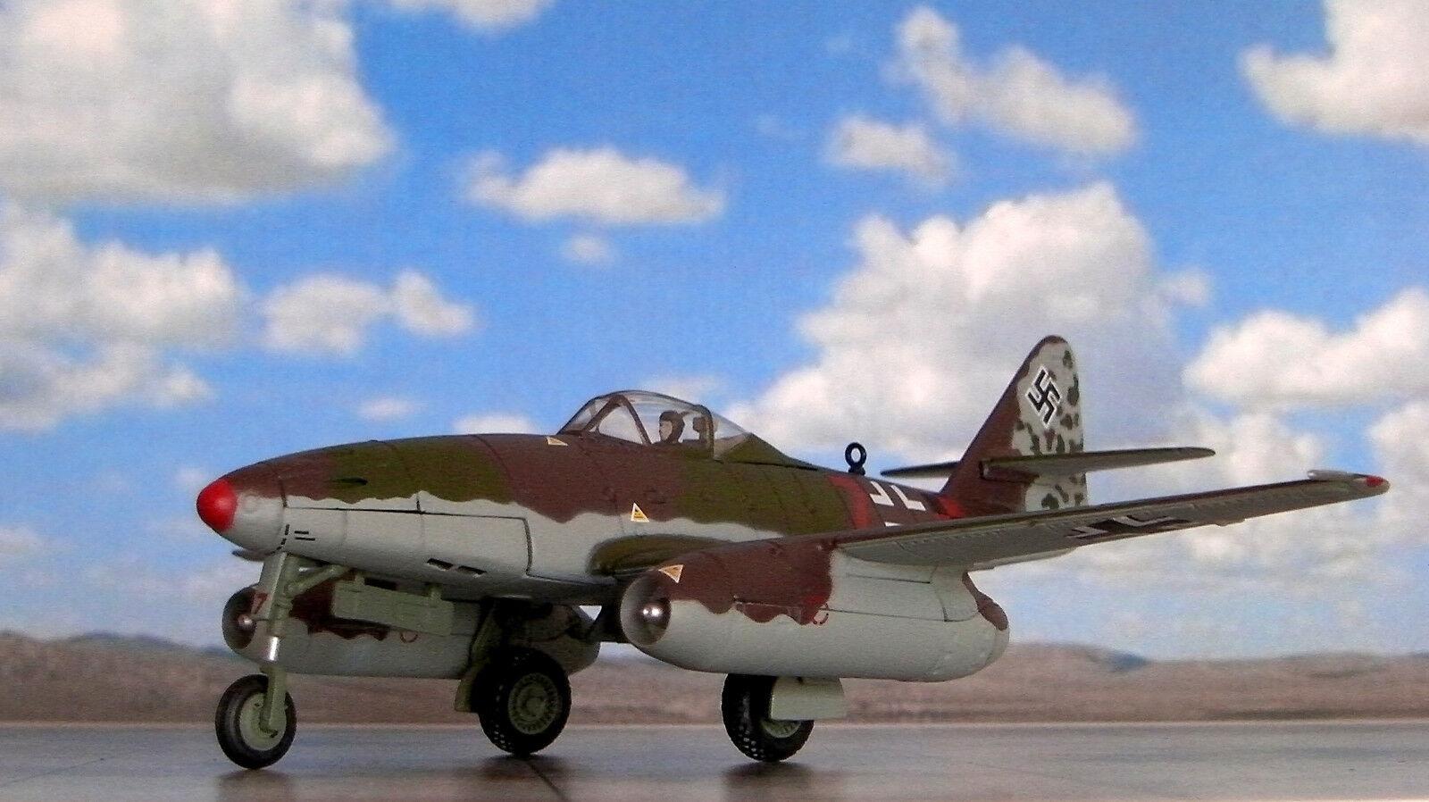 Corgi aa35710 messerschmitt me262a-1a rot 7 franz gapp 8.   kg6 podersam, mai 1945