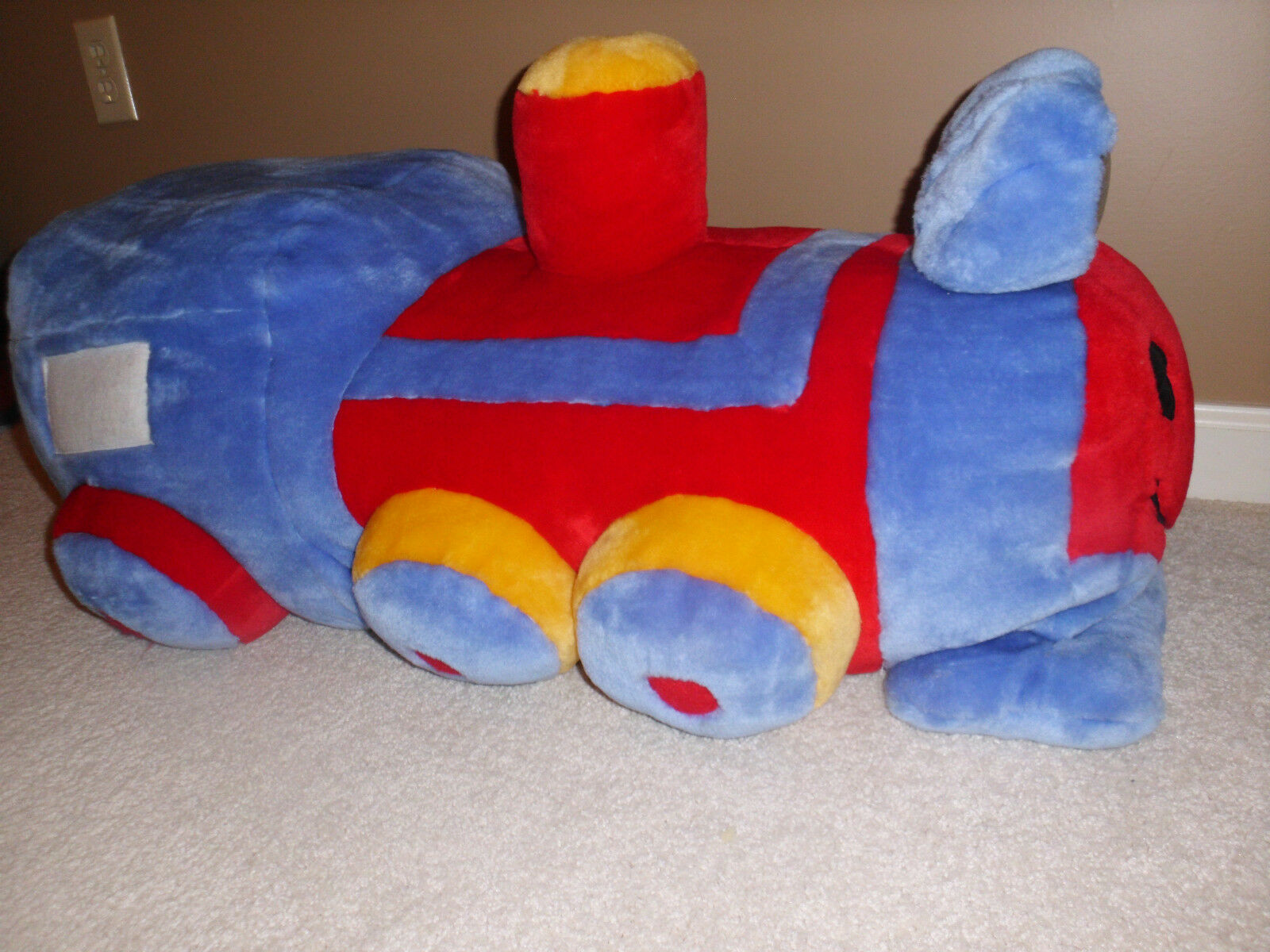 VINTAGE THOMAS LOCOMOTIVE PLUSH X-LARGE 35  X13  SOUND JC Penney