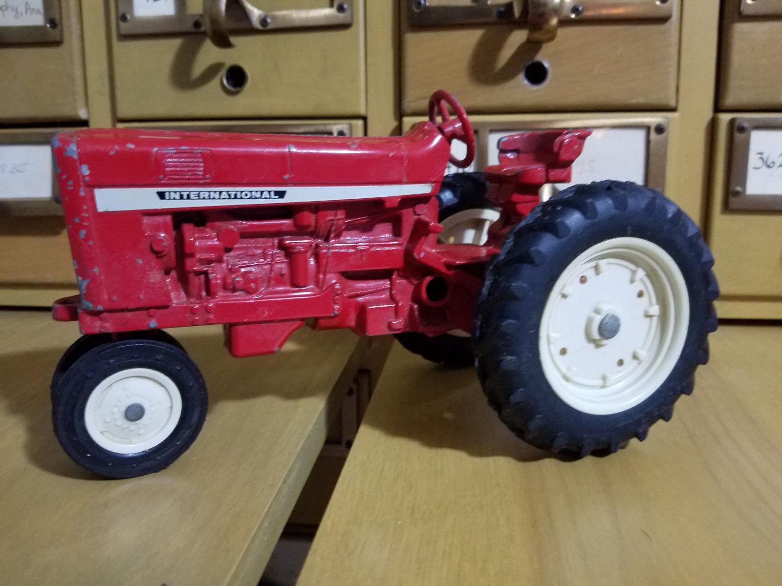 Vintage Ertl International Harvester utilidad Tractor 1964 1964 1964 Juguete Diecast Dyersville 6eb439