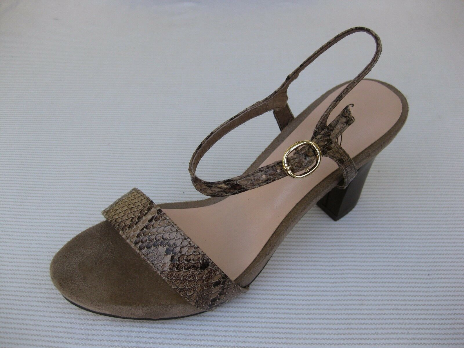 Azura Womens shoes  120 NEW Avezzano Taupe Snake Sandal 38 7.5 8
