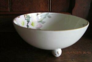 Antique-Hand-Painted-NIPPON-Pink-Dogwood-Flowers-Sm-Footed-Bowl-Gold-Trimmed