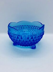 Vintage-Indiana-glass-blue-diamond-point-3-Footed-candy-dish-bowl