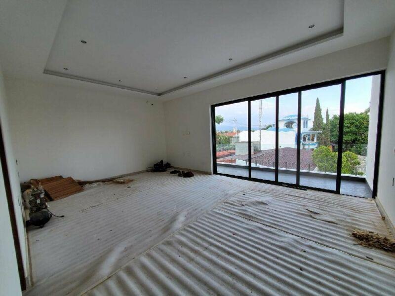 Residencia en venta en zona dorada de cuernavaca