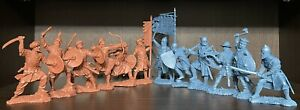 Soldatini di Publius Crociate Saraceni Cavalieri Raro set rosso e blu 1:32