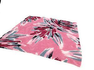 Vibtant-BRIONI-Floral-Silk-Pocket-Square-Hand-Rolled-LKNWOT-Burgundy-Maroon