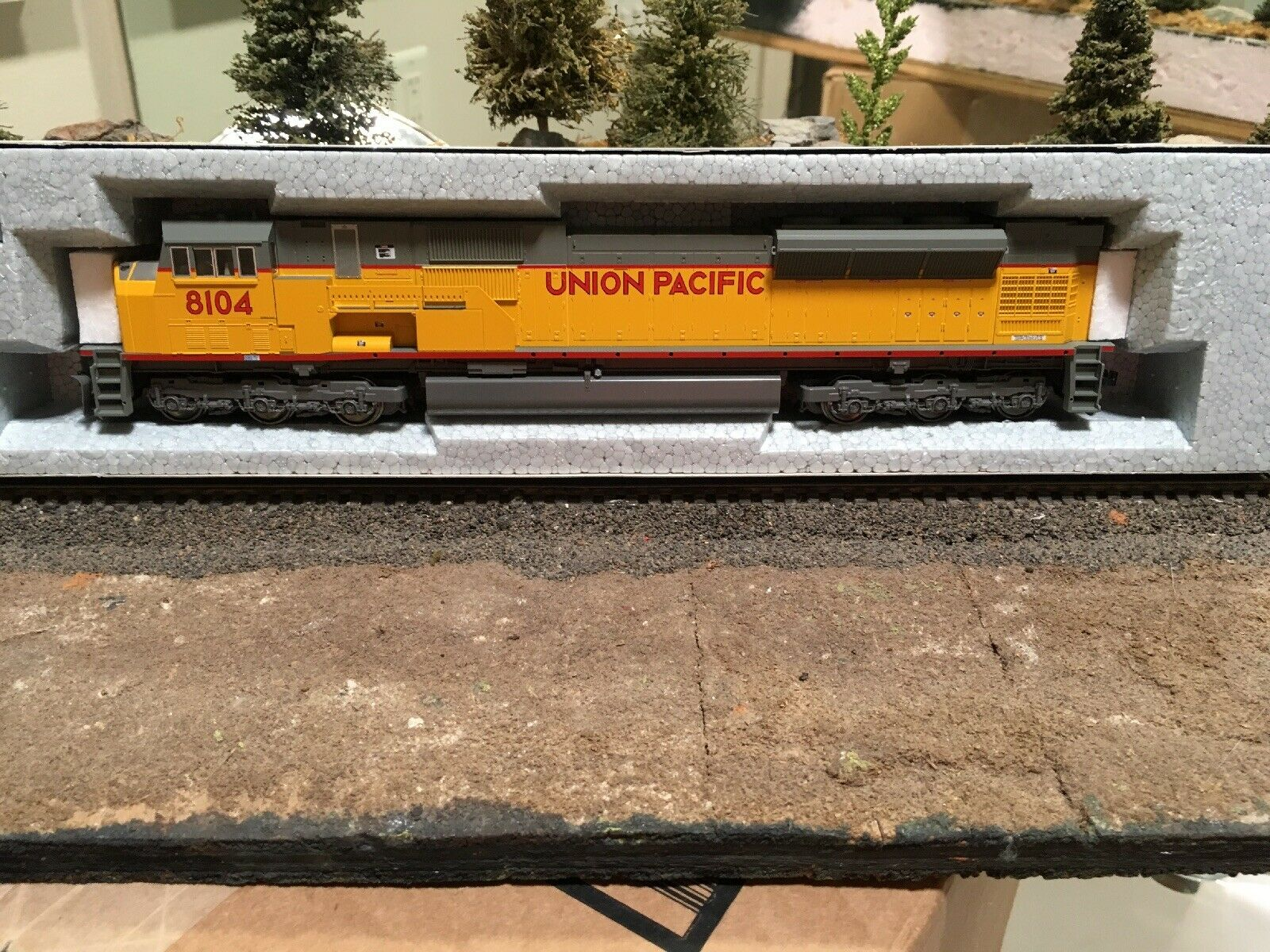 Kato EMD  SD 90 43mac In UP colors