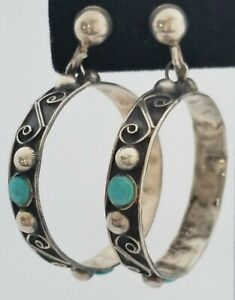 Vtg-STERLING-SILVER-TURQUOISE-amp-Concho-Bead-HOOP-Dangling-EARRINGS-Screw-Back