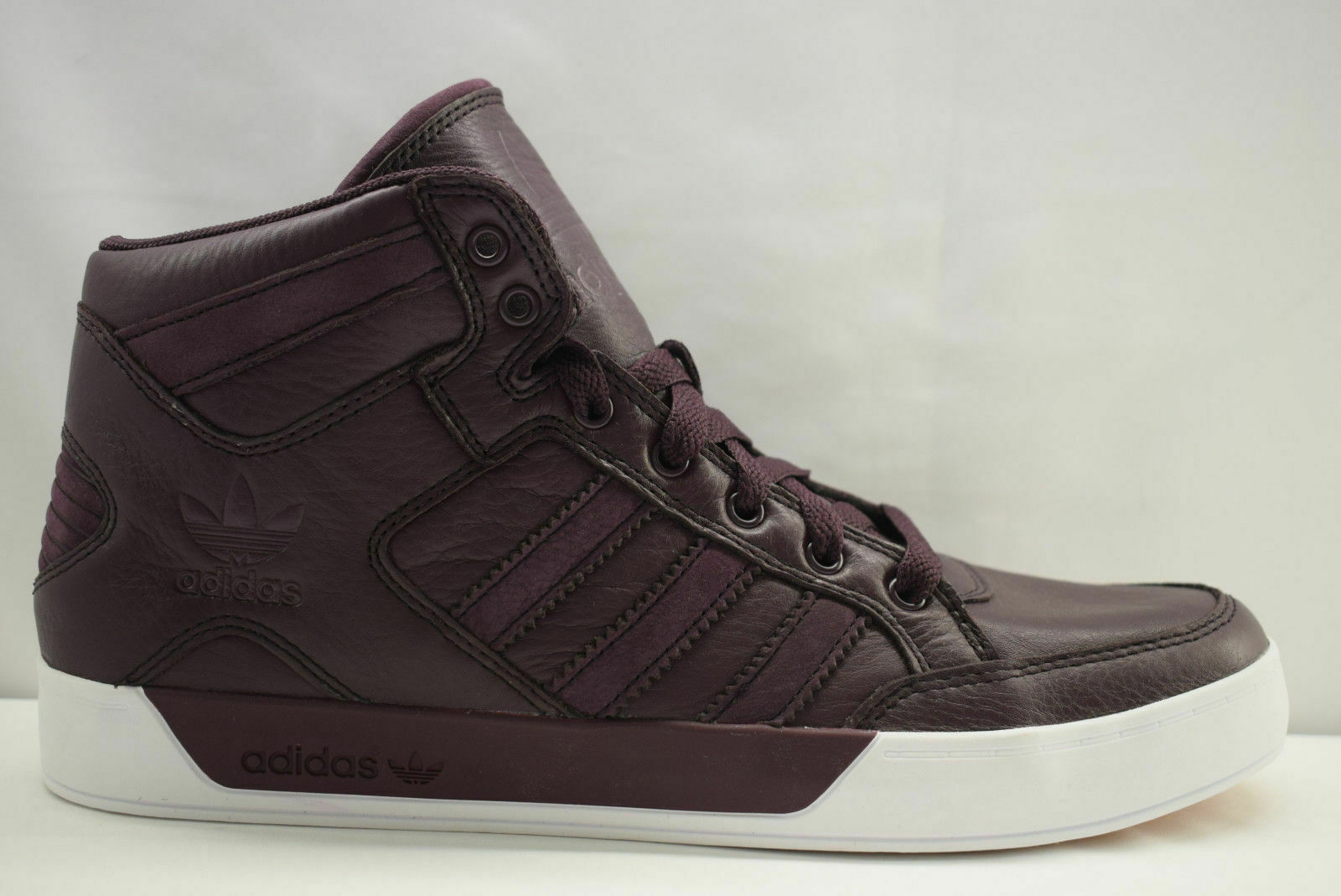 Hombre Adidas Hardcourt Hi Piel Granate Borgoña blancoo BB6782