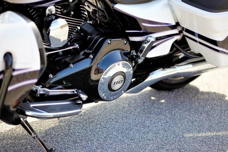Harley-Davidson, FLHXSE CVO Street Glide, ccm 1801