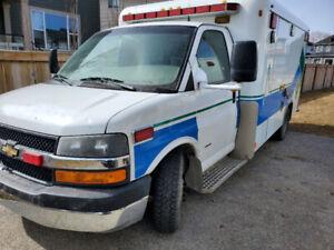 2006 Chevrolet Cutaway Van Ambulance