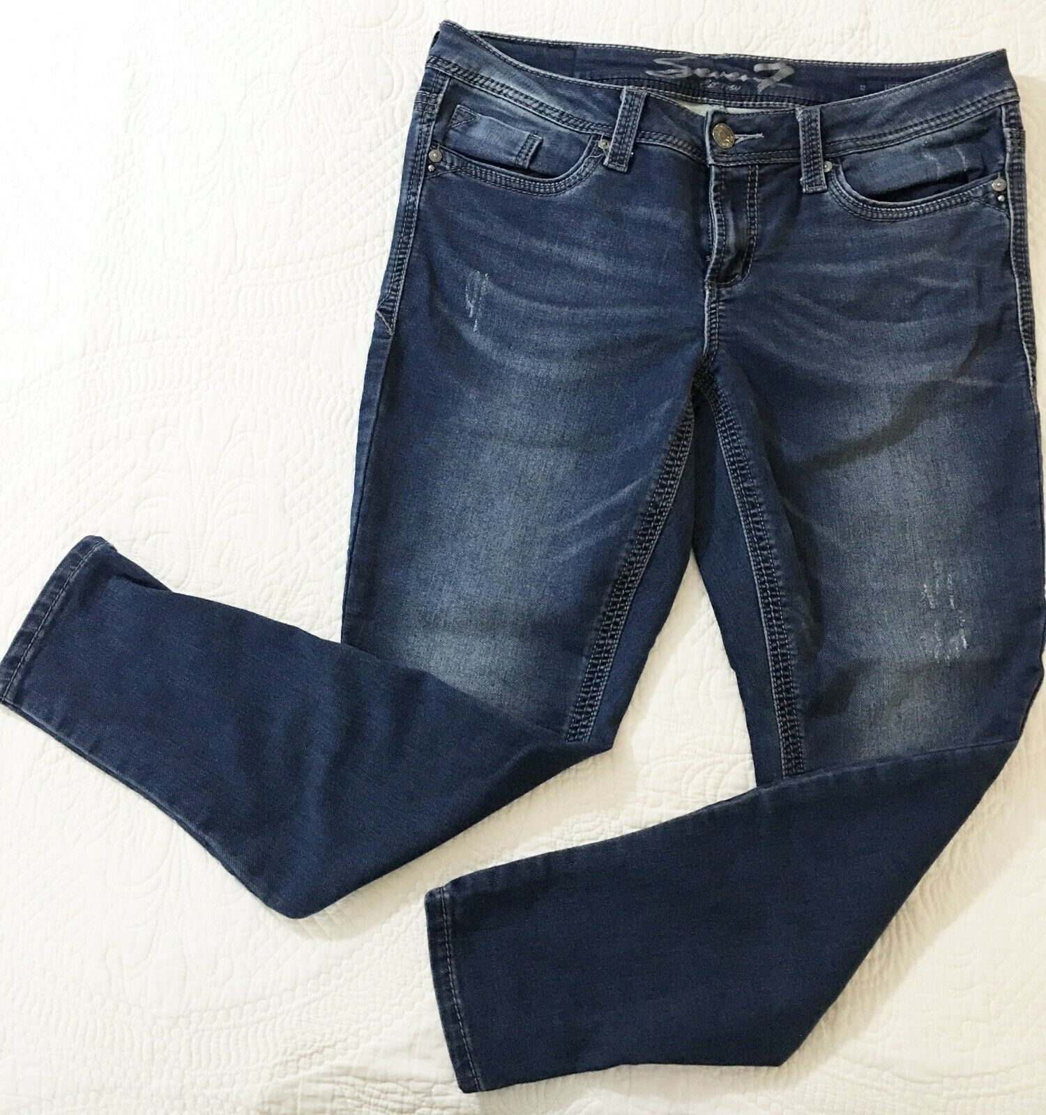 Seven7 Women's Size 12 Stretch Denim Distressed bluee Jeans  Legging  GREAT PAIR