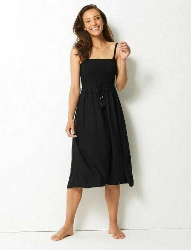 Bnwt M&s Noir Plissée Swing Robe De Plage Tailles 10 14 Vacances Plage Été (yb)