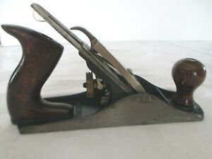 VINTAGE-ANTIQUE-STANLEY-BAILEY-PLANE-NO-4-MADE-IN-USA-9-3-4-034-X-2-1-2-034-NICE