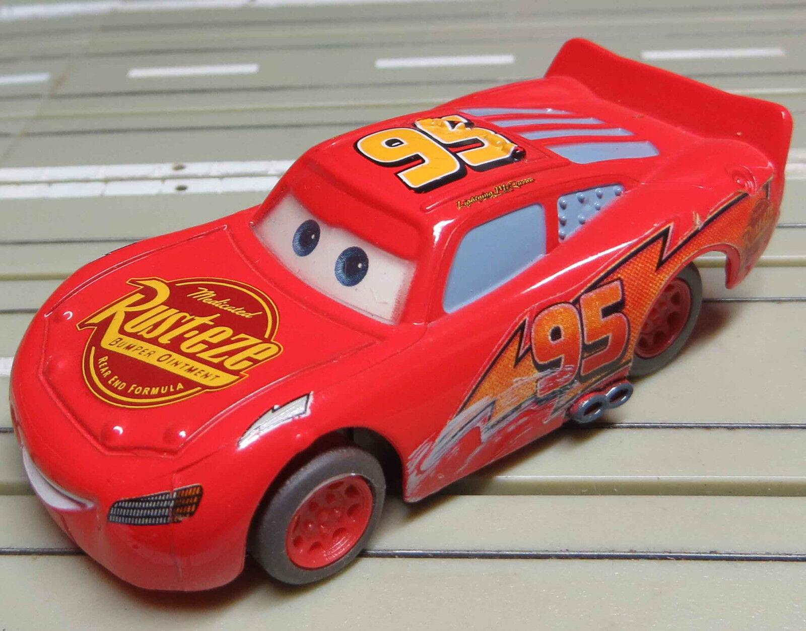 Für Für Für H0 Slotcar Racing Modellbahn -- Fun Car aus dem Film Cars mit Tomy Motor  | Die erste Reihe von umfassenden Spezifikationen für Kunden  d6cfe6