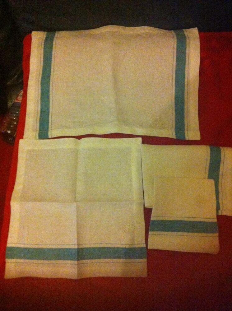 2 sets de table HERMES avec 2 serviettes HERMES