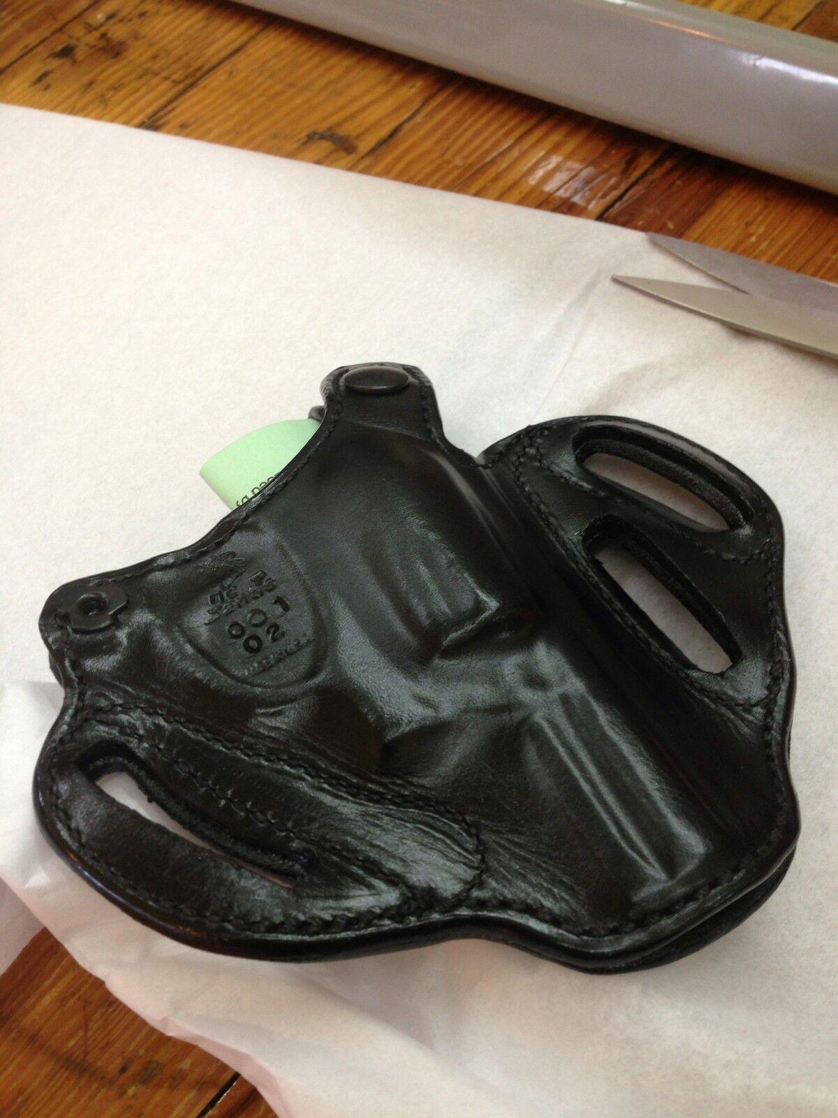 Desantis Left Thumb Break Leather Holster SPECIAL