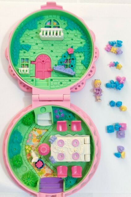 Polly Pocket Birthday Surprise Party