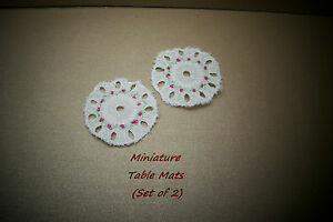 DOLLS-HOUSE-MINIATURE-TABLE-LINEN-BRODERIE-ANGLAISE-TABLE-MATS
