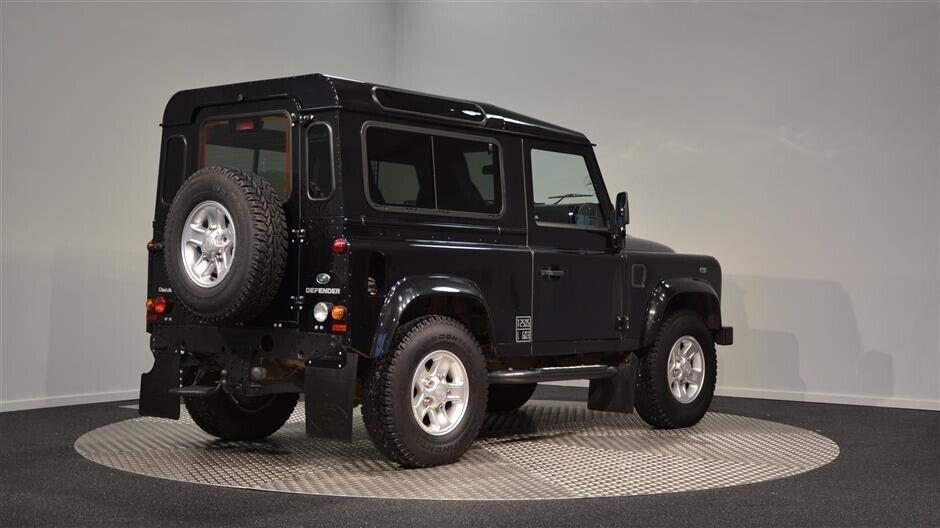 Land Rover Defender 90 2,2 TD Hard Top Diesel modelår 2015