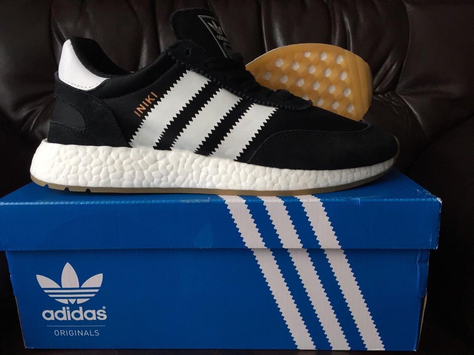 wholesale dealer f9fcd 39a87 NUOVO in Scatola Adidas iniki Boost I-5923 Nero Bianco Uk Uk Uk 8.5 US 9 EU  42 2 3 Ultra 310fe3