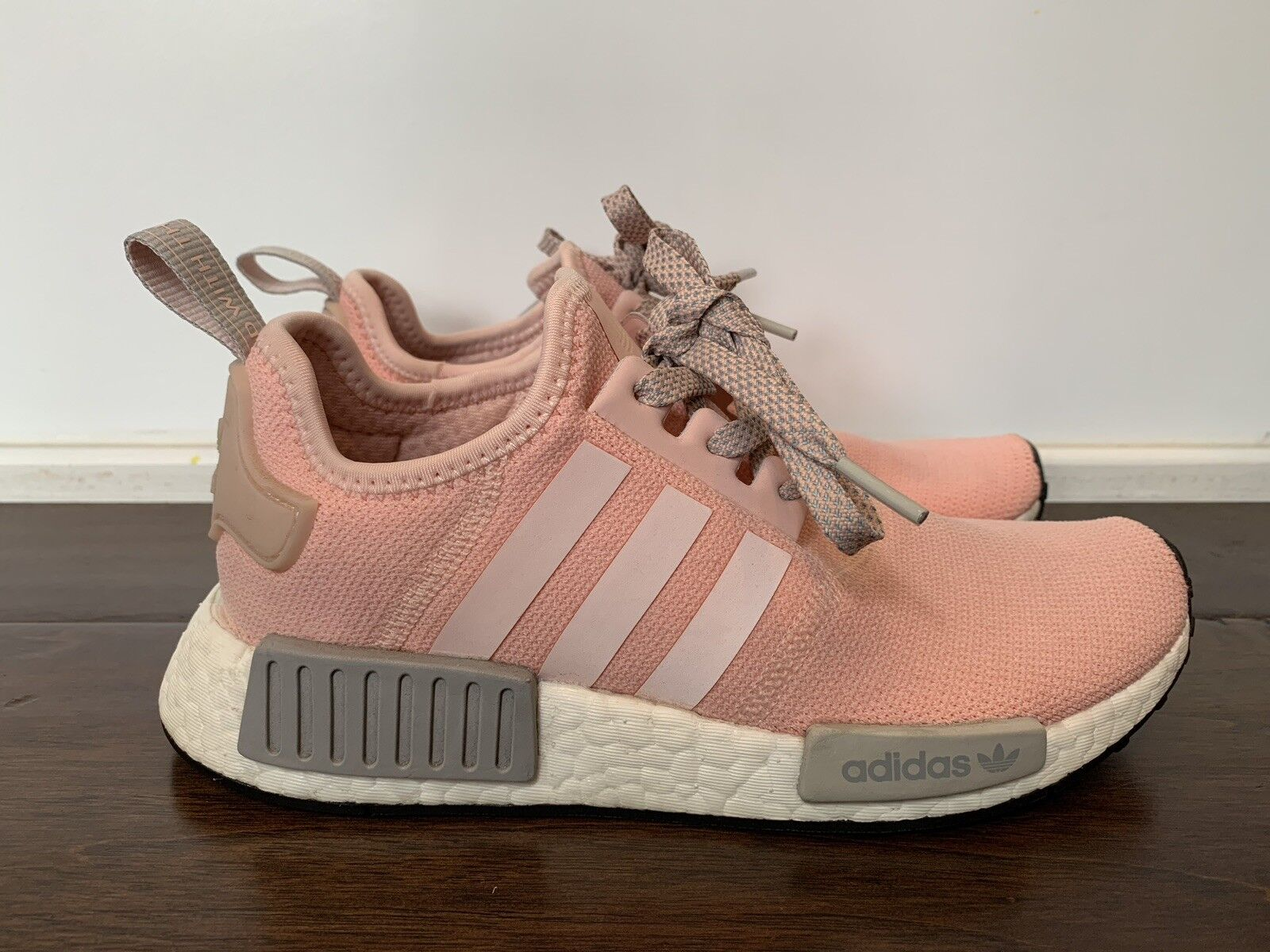 premium selection 8e5e2 969f2 adidas NMD R1 By3059 Vapour Pink Light Onix Grey Offspring Women's 6